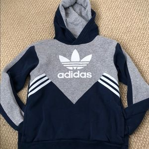 Boys adidas small 9-10 hoodie with pockets